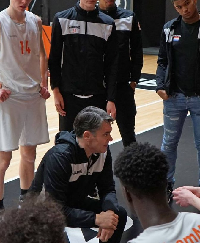 2020_Orange Lions Academy_Van den Berg_time out.jpg
