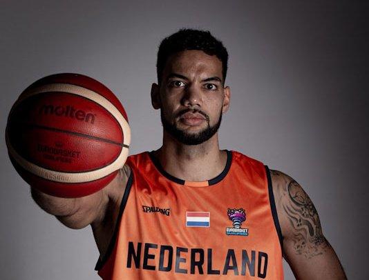 2020 Orange Lions M Van Zegeren.jpg