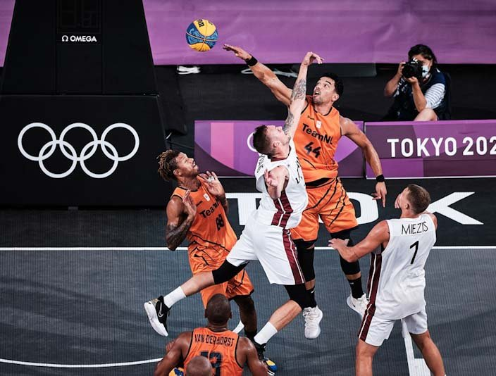 3x3 Tokyo LET NED Luchtduel.jpg