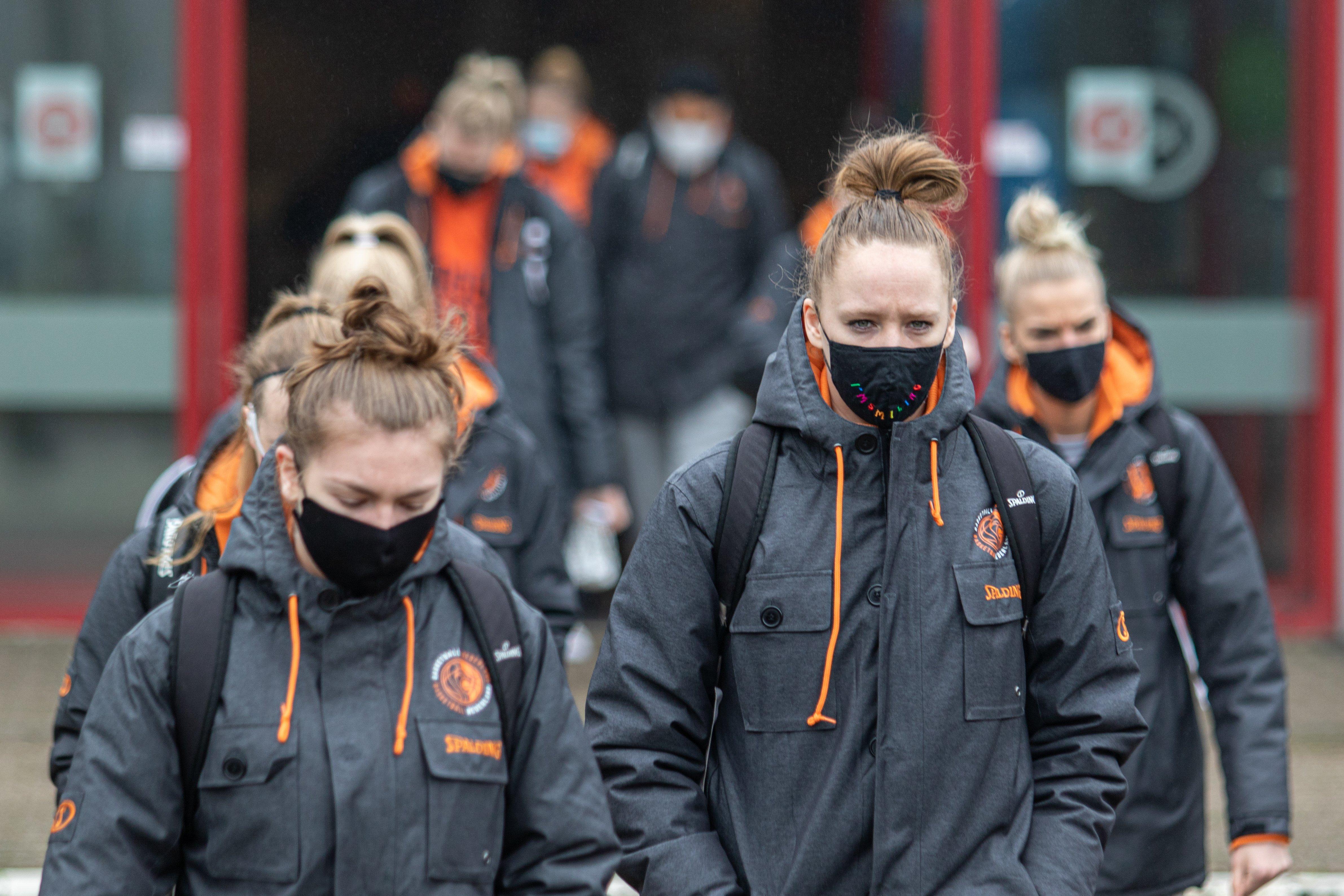 2021 Orange Lions vrouwen bubbel mondkapjes