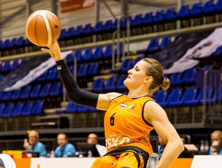2019_Rolstoel_Orange Lions_vrouwen_EK_Visser