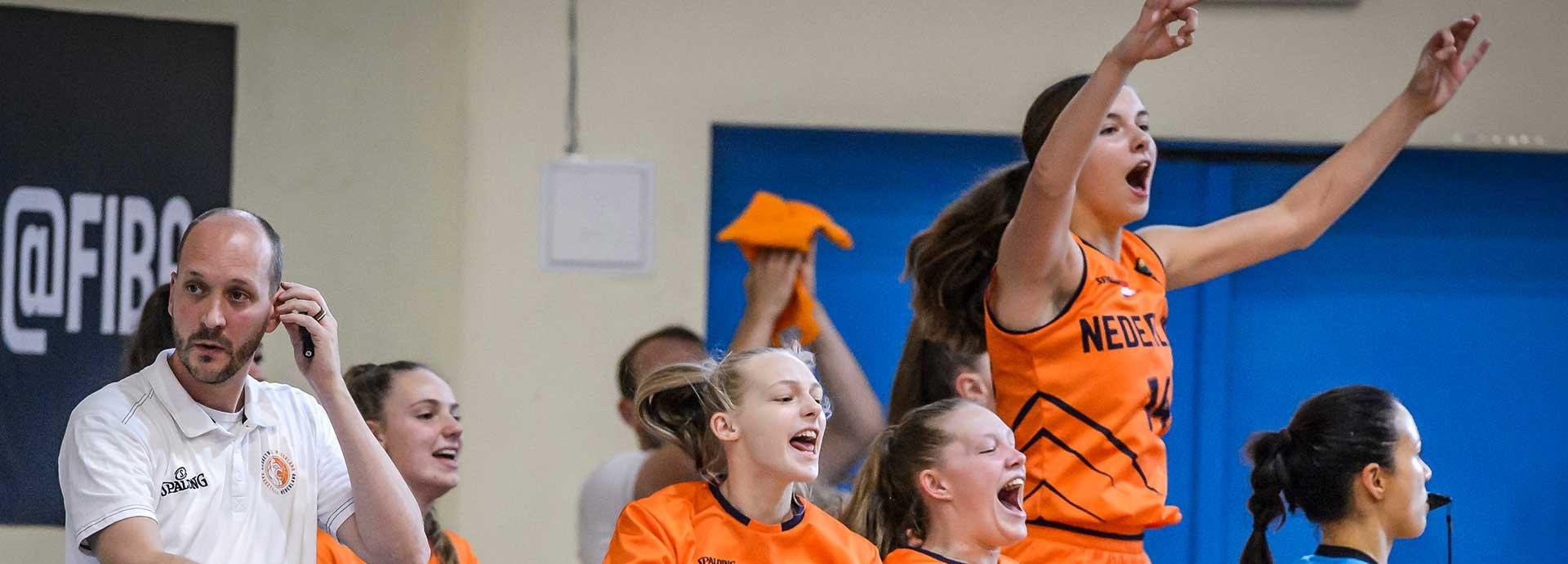 Orange-Lions-VU16-win.jpg