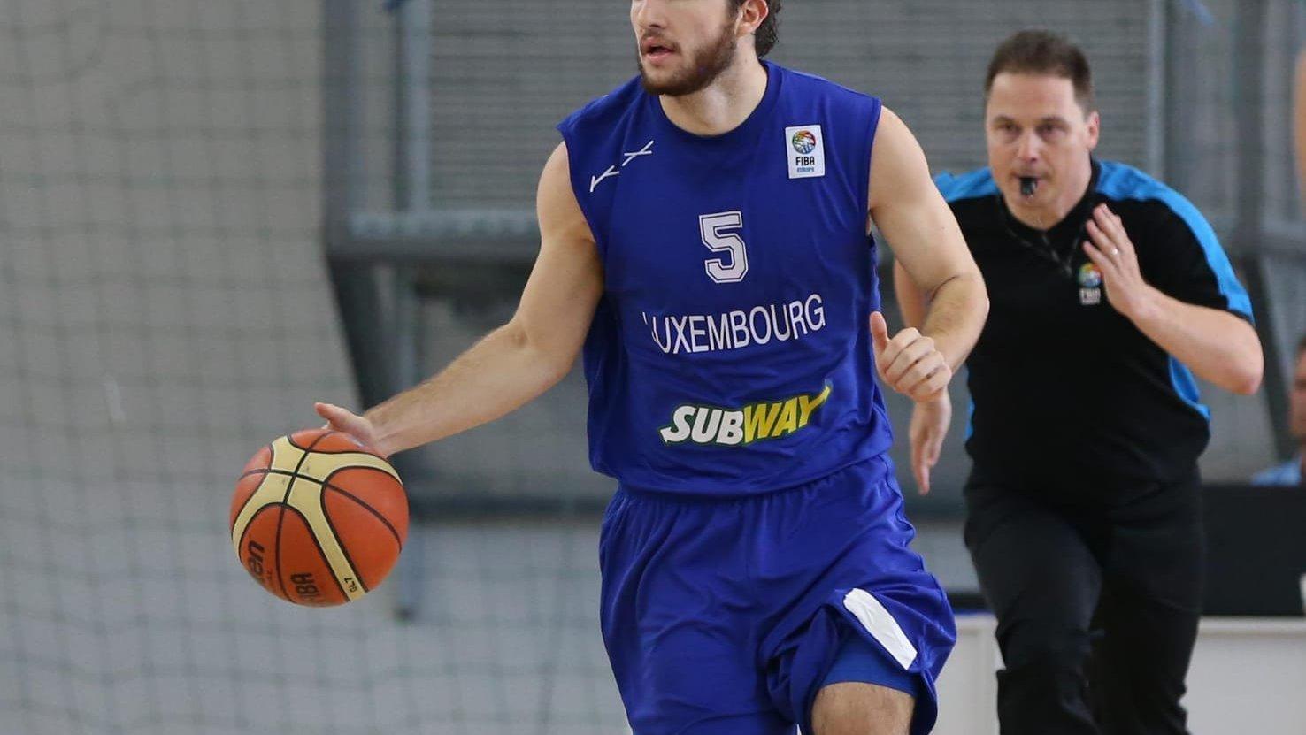 Paul den Hartog scheids FIBA.jpeg