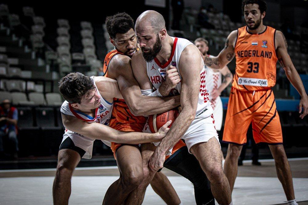 Vechtbasketbal.jpg